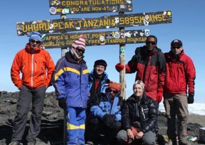 Gipfel Killimanjaro 5895m-8x